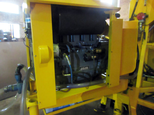 inner side of concrete mixer pump