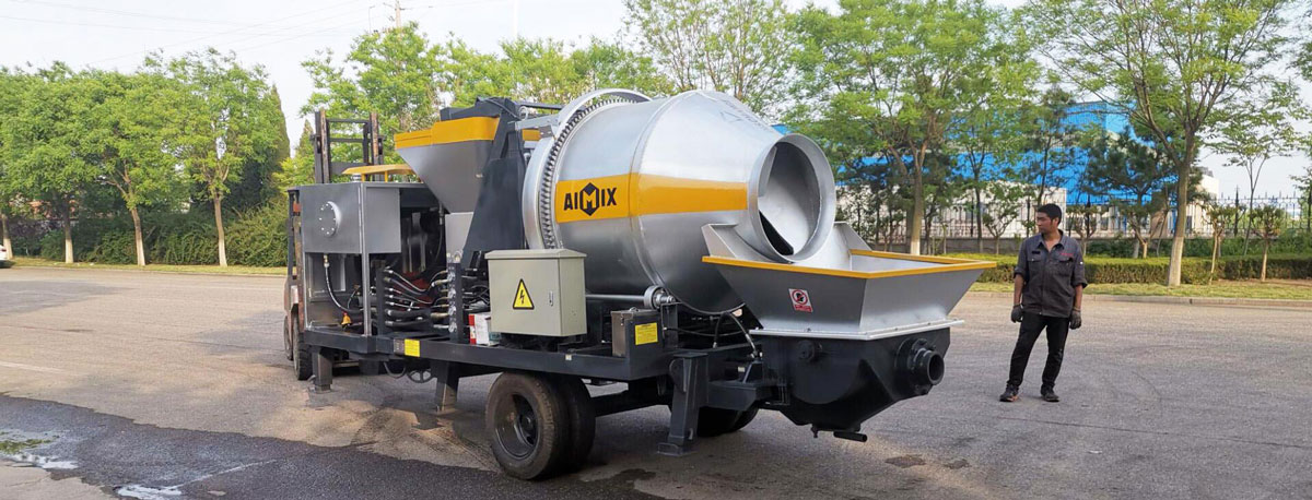 Exporting Portable Concrete Pump to Pakistan
